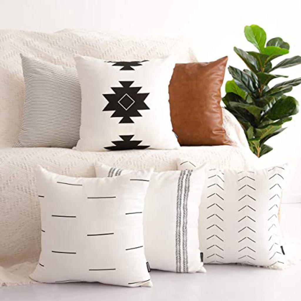 Cushions Pillows